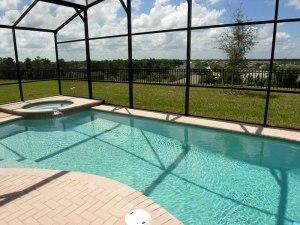 piscina privativa na casa com hidromassagem! afe!